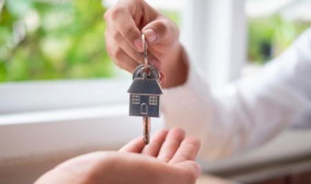 321 familias al día tienen su hogar propio en el país